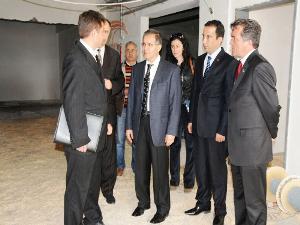 Sayın Valimiz Süleyman TAPSIZ Karamanlı Devlet Hastanesinde incelemelerde bulundu