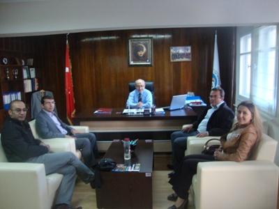İnşaat Mühendisleri Odası Başkanı ve temsilcileri İl Müdürümüz Mustafa ŞENEL i Makamında Ziyaret etti.