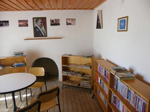 Burdur Yeşilova Akçaköy Fakir Baykurt Kütüphanesi ve Elif Nine Kütüphanesi Onarılıyor
