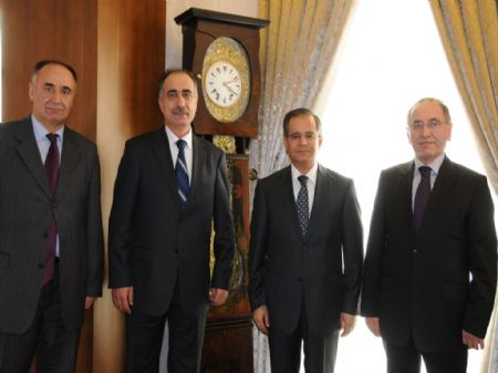 Bayındırlık Bakanlığı Müsteşar Yardımcısı, Vali Tapsız'ı ziyaret etti