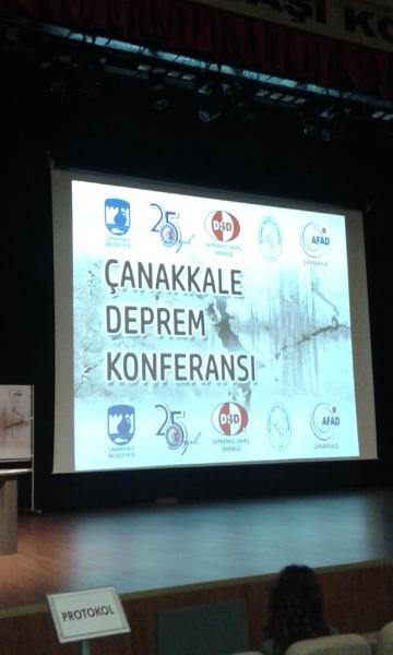 Çanakkale Deprem Konferansı İçdaş Konferans Salonunda Yapıldı.