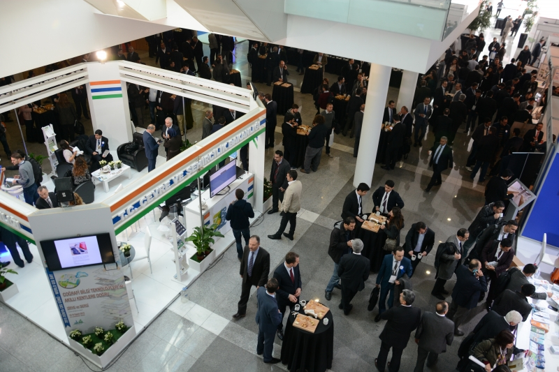 World GIS Day 2015 was celebrated by the Summit and Exhibition Event on 18-19 November at ATO Congresium International Convention and Exhibition Center hosted by our Ministry