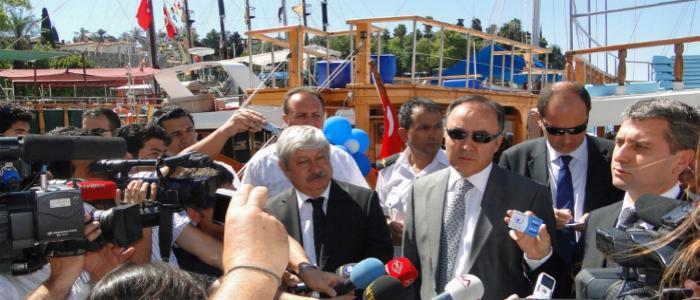 Antalya`da Mavi Kart uygulamasına geçildi