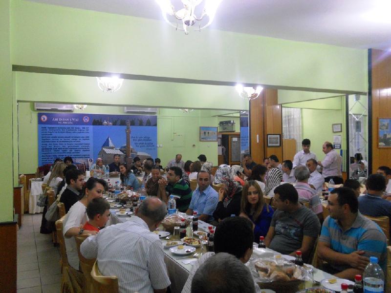 Mesai arkadaşlarımız aileleri ile beraber iftar yemeğinde biraraya geldiler.