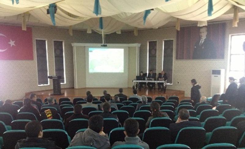 Erzurum-Erzincan-Bayburt Planlama Bölgesi 1/100.000 ölçekli Çevre Düzeni Planı Bilgilendirme ve Değerlendirme Toplantısı Yapıldı