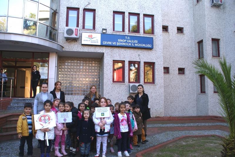 Sinoplu Minik Öğrencilere Çevre Bilinci Anlatıldı
