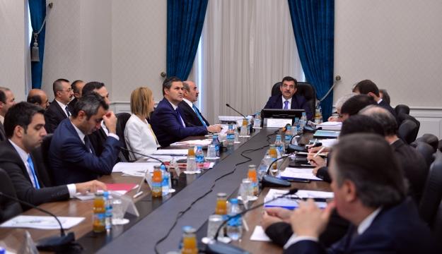 Bakan Güllüce, İklim Değişikliği ve Hava Yönetimi Koordinasyon Kuruluna Başkanlık Etti