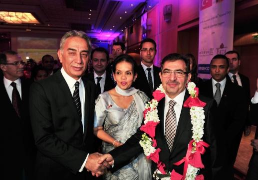 Bakan Güllüce Sri Lanka'nın Milli Günü Resepsiyonuna Katıldı