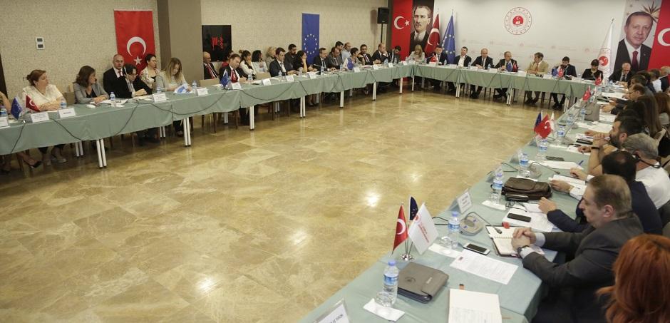 Çevre ve İklim Eylemi Sektör Operasyonel Programı'nın 5. Sektörel İzleme Toplantısı Bakanlığımızda Gerçekleştirildi