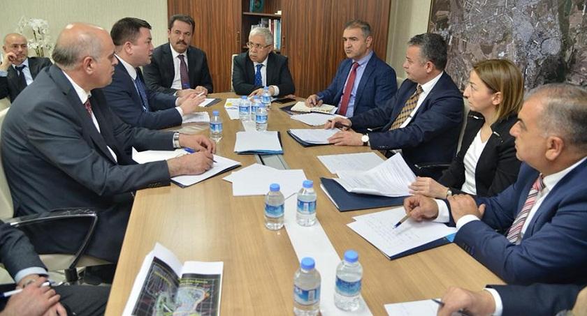 Sayın Müsteşarımız Prof.Dr. Mustafa Öztürk başkanlığındaki bir heyet ile Diyarbakır Entegre Katı Atık Yönetimi Projemize ilişkin yerinde inceleme gerçekleştirildi.