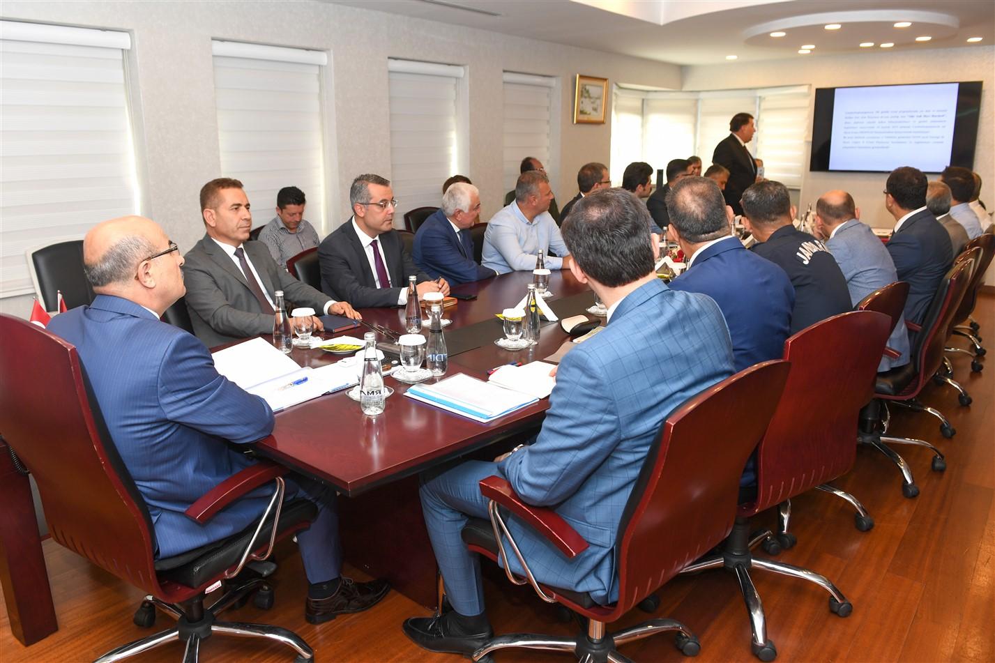 """""""Deniz Çöpleri İl Eylem Planı Toplantısı"""" Sayın Valimiz Mahmut Demirtaş Başkanlığında Gerçekleştirildi"""