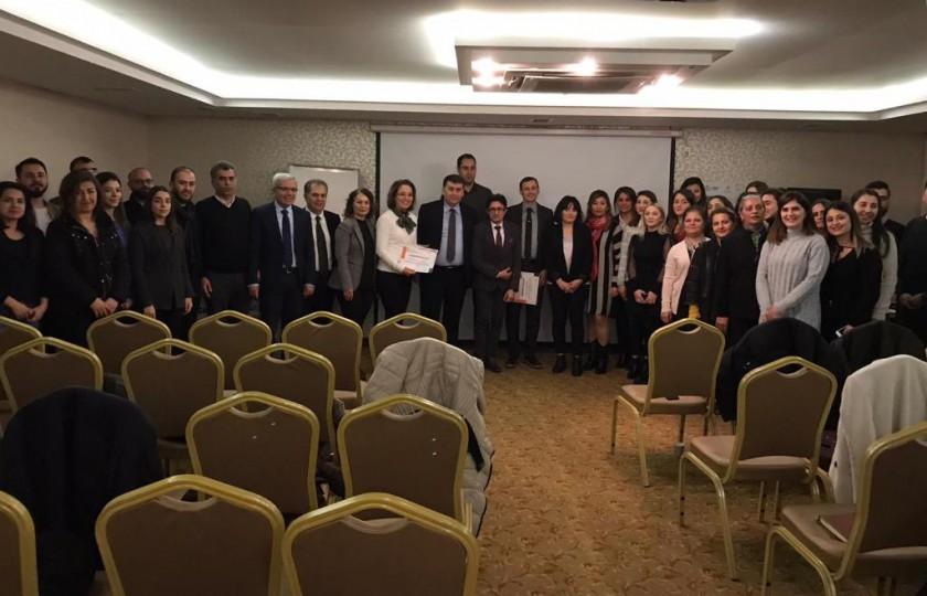 İl Müdürlüğümüz koordinasyonunda Çevre Mühendisleri Odası Adana Şubesi ile sıfır atık bilgilendirme toplantısı düzenlenmiştir.