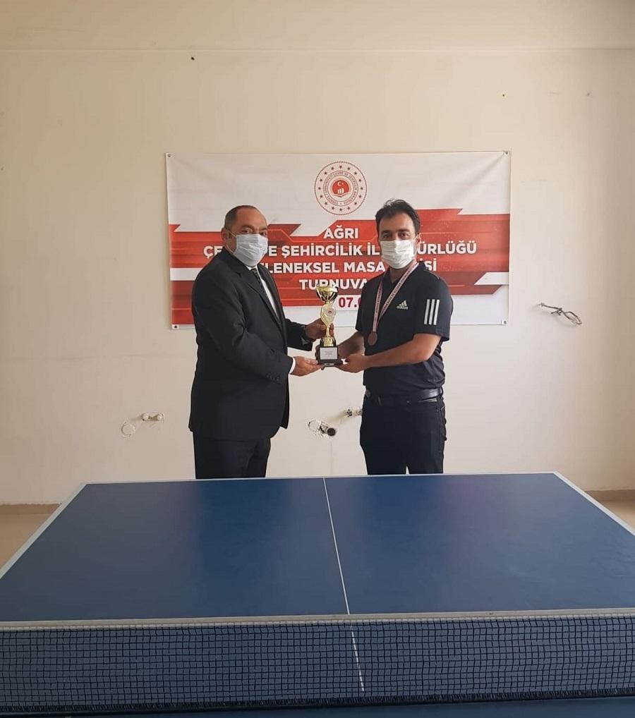 Geleneksel Olarak Düzenlenen Tenis Turnuvasında Dereceye Giren Personellerimize Ödülleri Takdim Edildi.