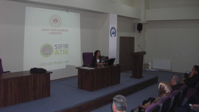 Aksaray Üniversitesinde Sıfır Atık Bilgilendirme Toplantısı Yapıldı