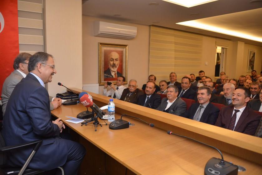 Bakan Özhaseki: Kentsel Dönüşüm 250 Sektörü Canlandıracak