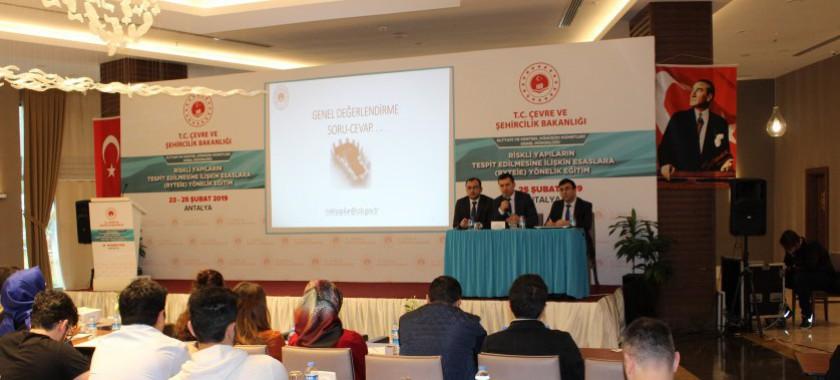 Riskli Yapıların Tespit Edilmesine İlişkin Esaslar'a Yönelik Eğitim Düzenlendi