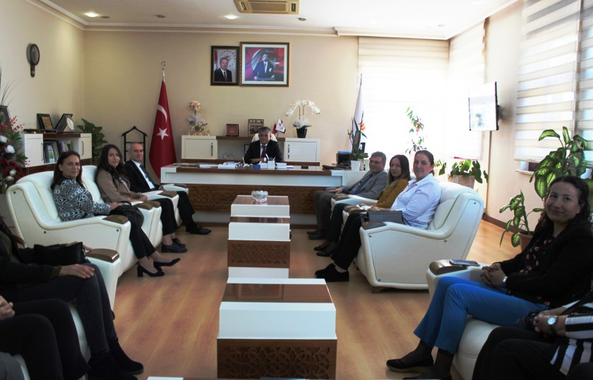 AK Parti Antalya Kadın Kolları Başkanı,Yardımcıları ve Yöneticileri Müdürlüğümüzü ziyaret etti.
