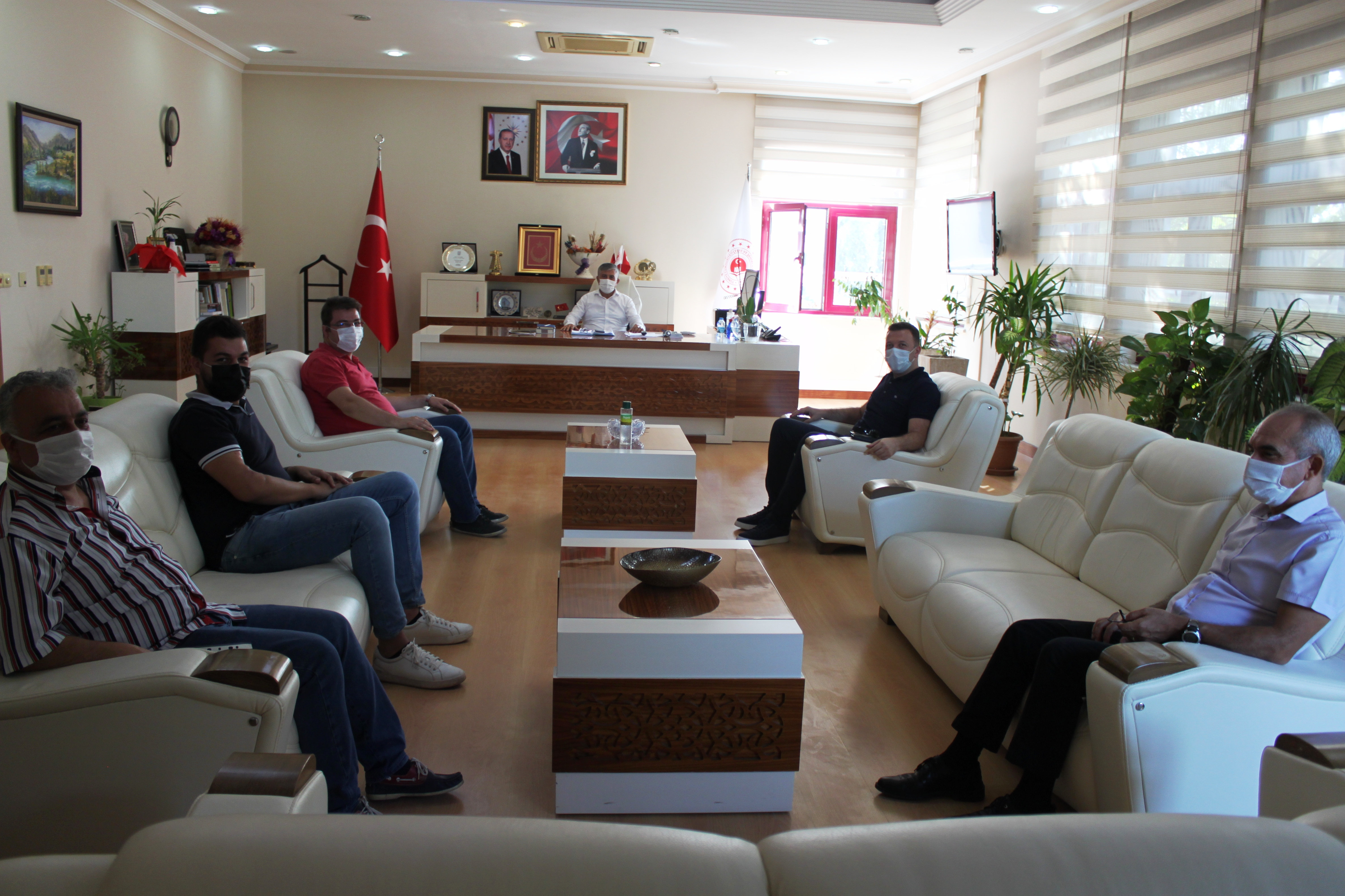 Antalya Eczacılar Odasından İl Müdürümüze ziyaret.