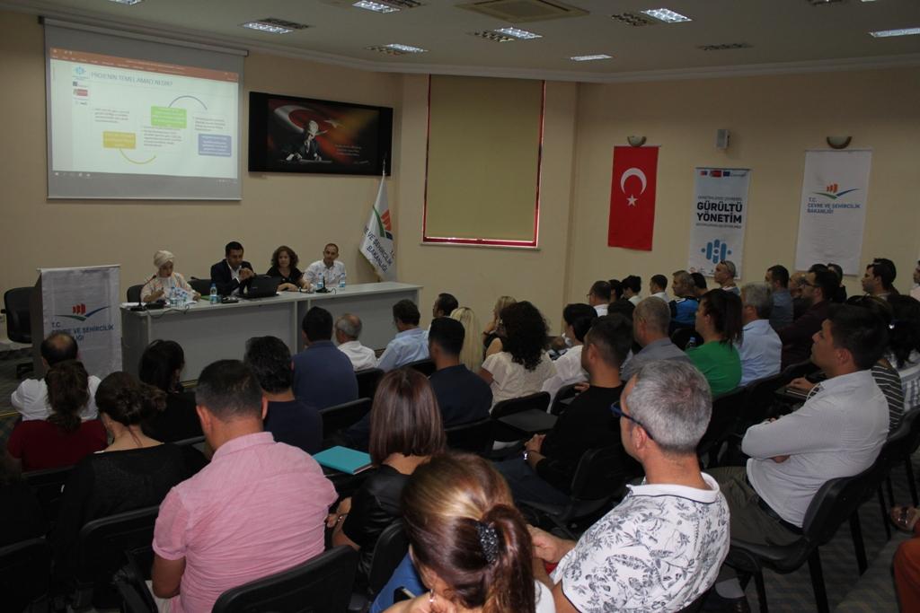 """""""ERASMUS GÜNÜ""""NDE GÜRÜLTÜ EĞİTİM PROJESİ ÇALIŞTAYI"""
