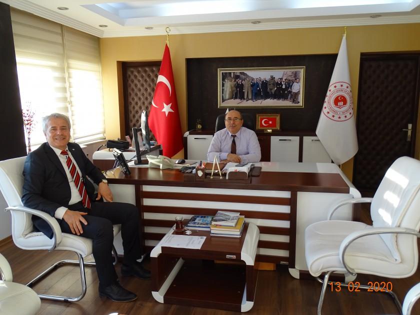 Susurluk Belediye Başkanı Nurettin GÜNEY İl Müdürümüz Sadullah ÖZEL'i Makamında Ziyaret Etti.