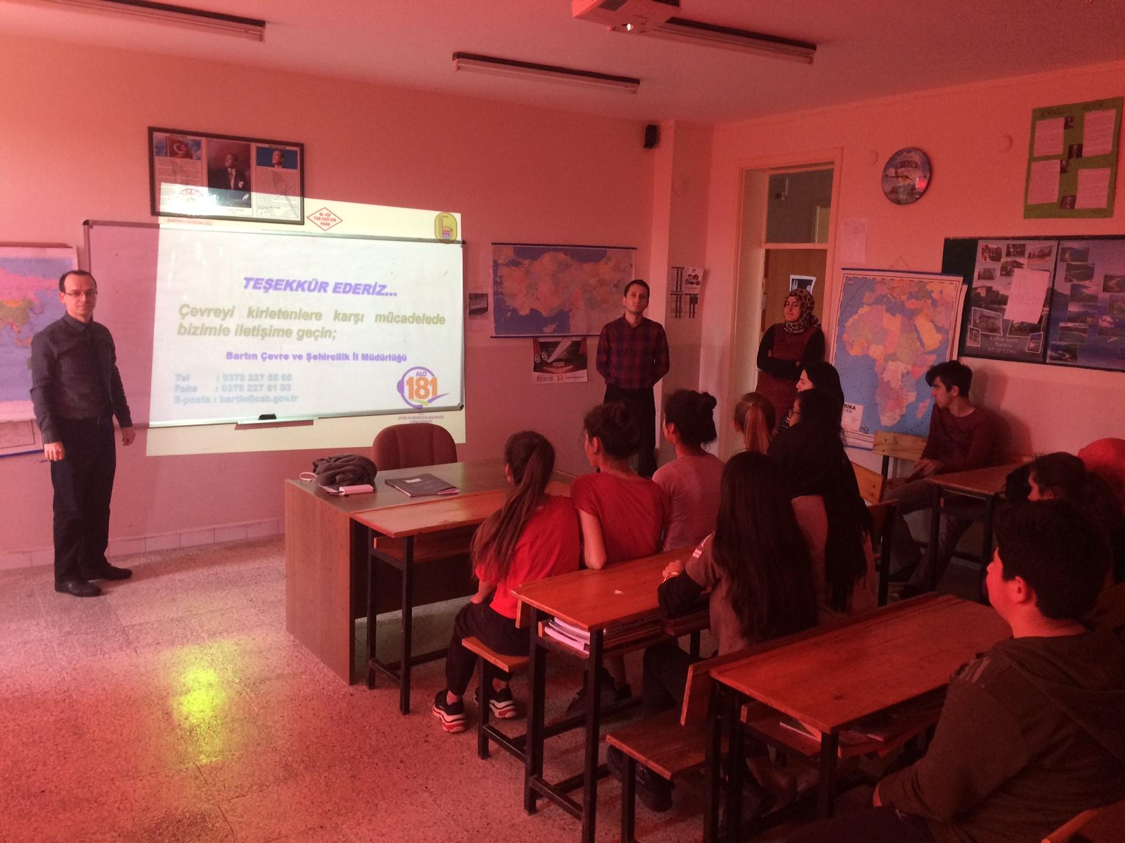 Kızılelma Çok Programlı Anadolu Lisesi'nde Sıfır Atık Konulu Eğitim Verildi