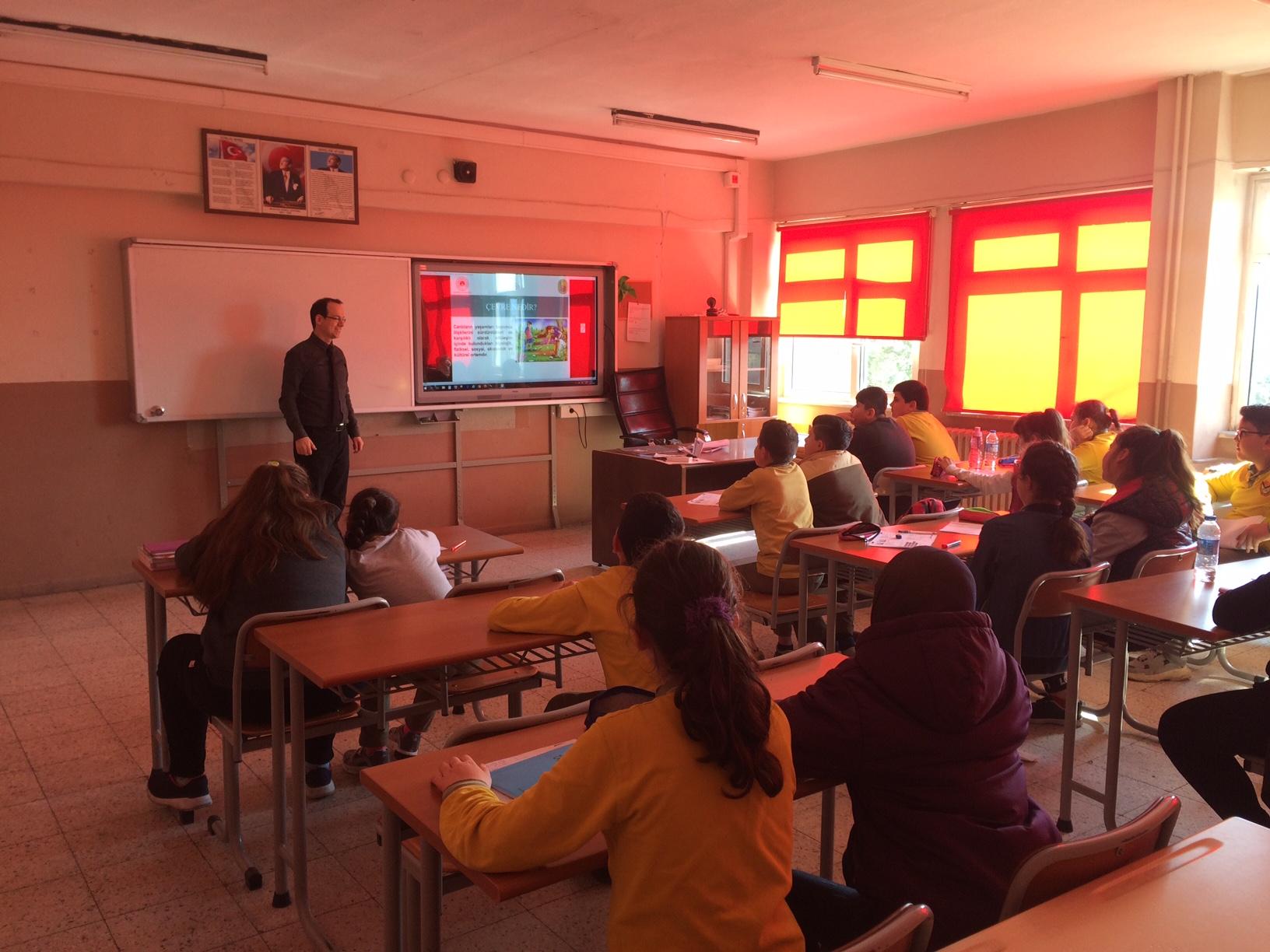 Kızılelma Ortaokulu'nda Sıfır Atık Konulu Eğitim Verildi