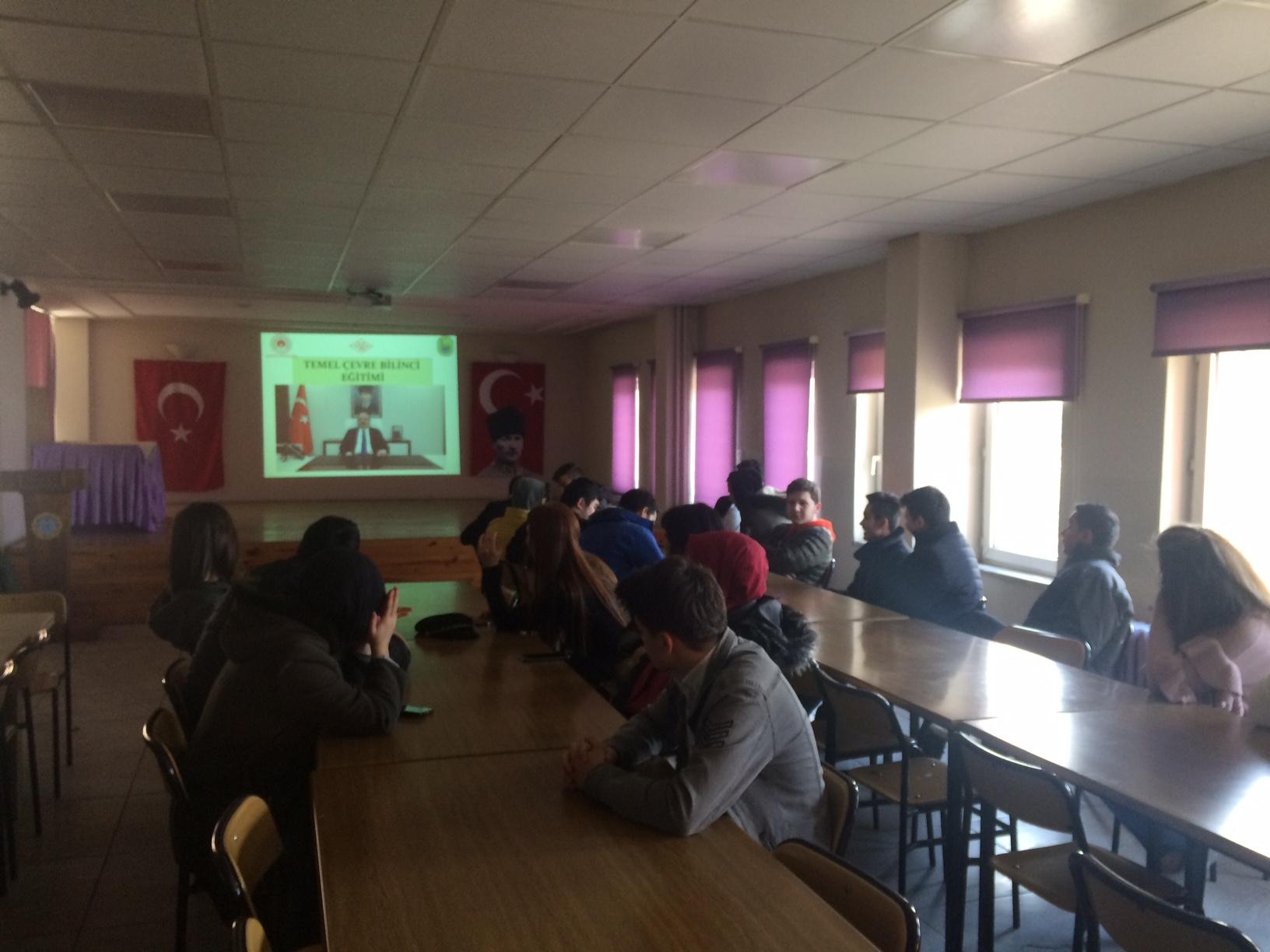 Lütfullah Kocabaşoğlu Mesleki Eğitim Merkezi Müdürlüğü'nde Sıfır Atık Projesi Konulu Toplantı Yapıldı