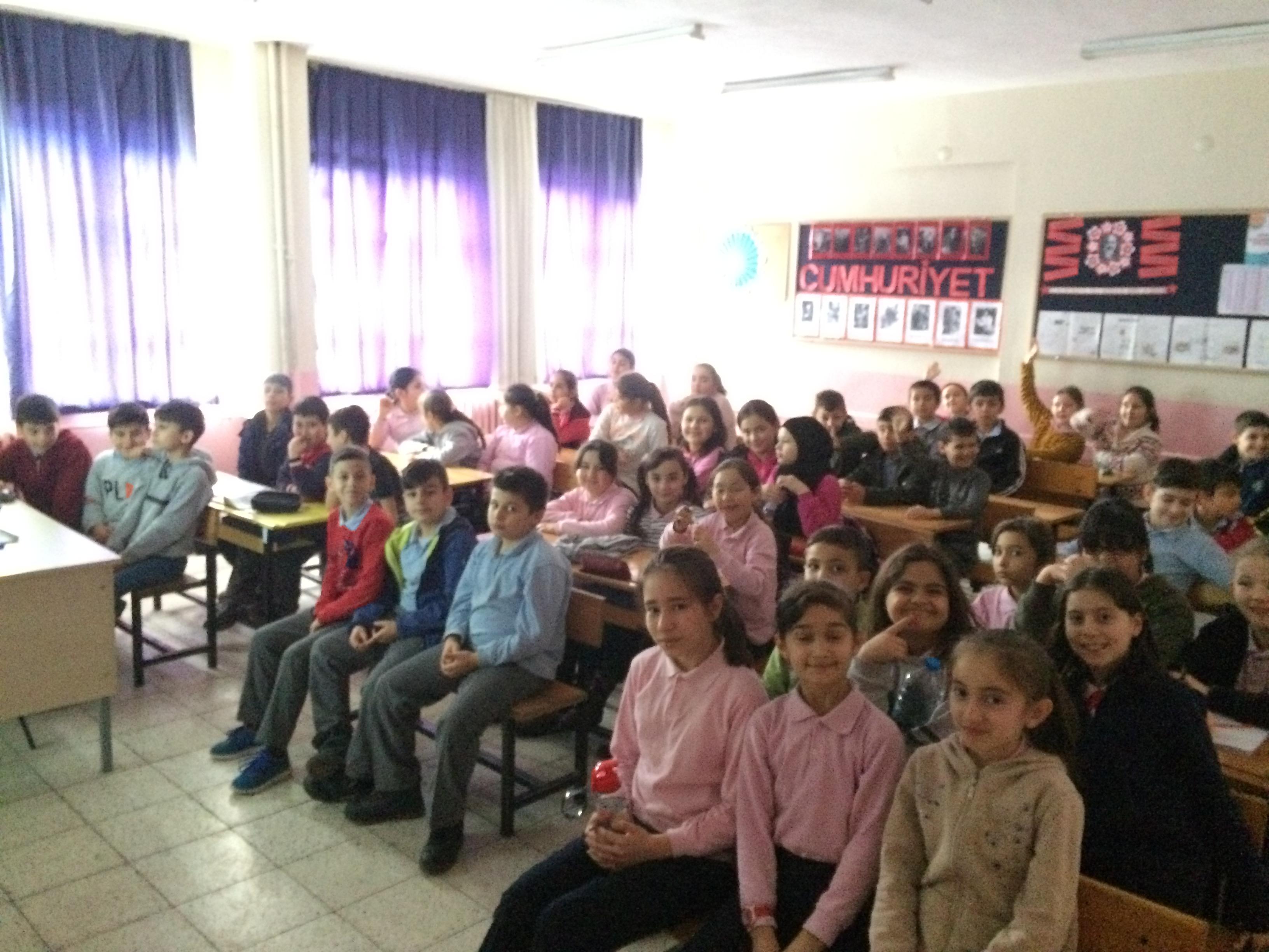 Mustafa Kemal Ortaokulu'nda Sıfır Atık Konulu Eğitim Verildi