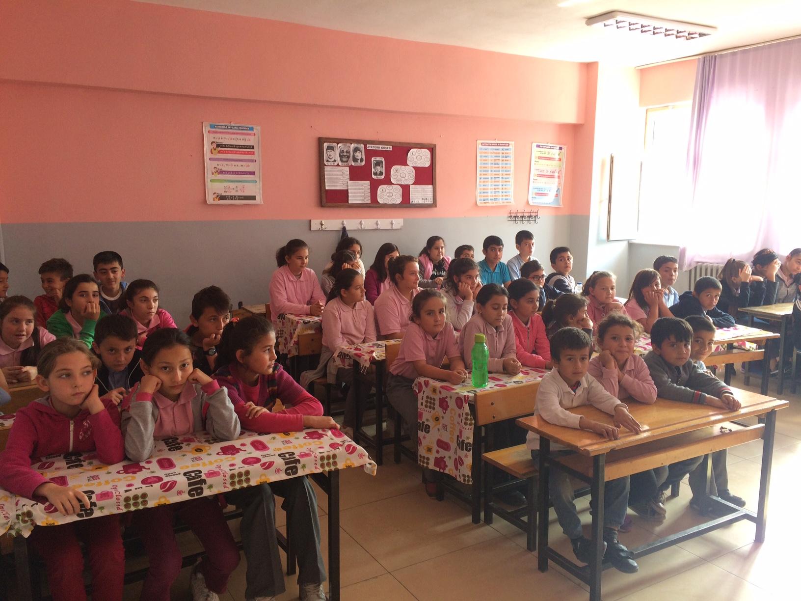 Sarıderesi İlkokulu ve Ortaokulu'nda Sıfır Atık Konulu Eğitim Verildi
