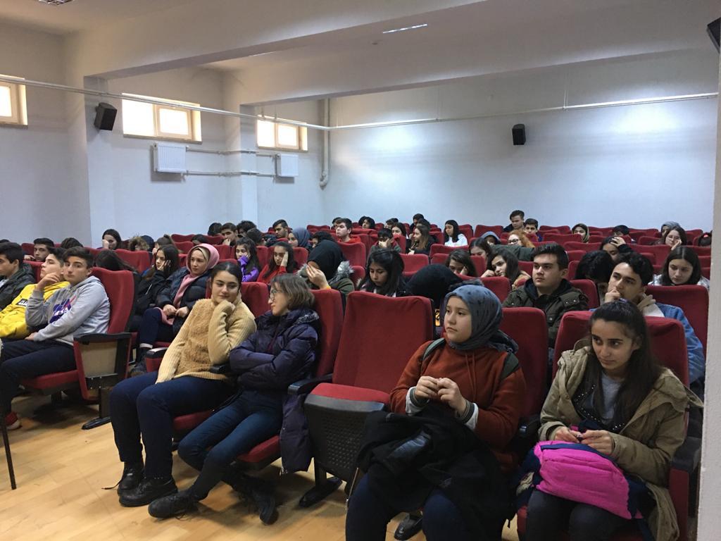 [TASLAKTIR] Cumhuriyet Anadolu Lisesi'nde Sıfır Atık Konulu Eğitim Verildi