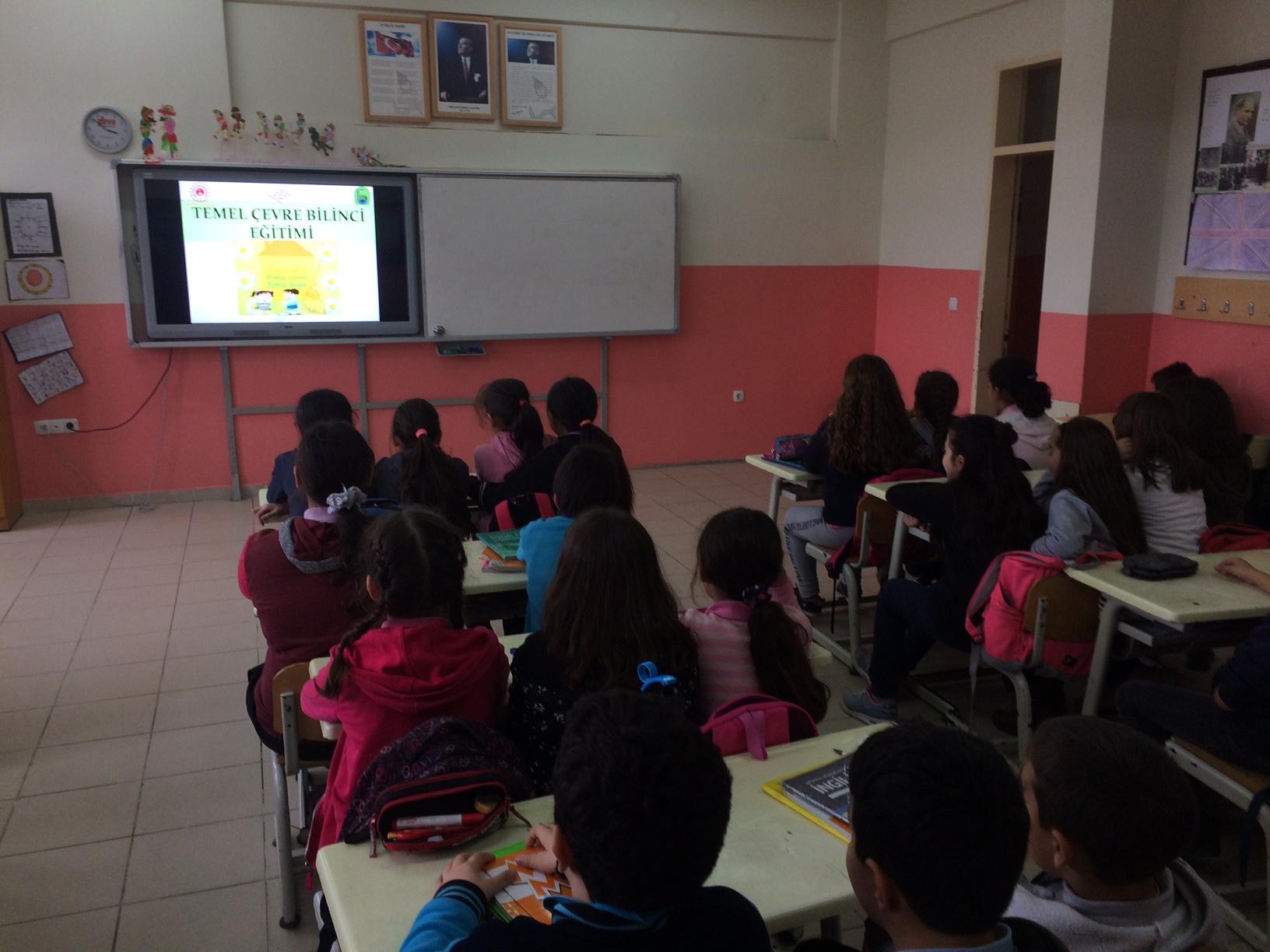 Ulugeçit Ortaokulu'nda Sıfır Atık Konulu Eğitim Verildi