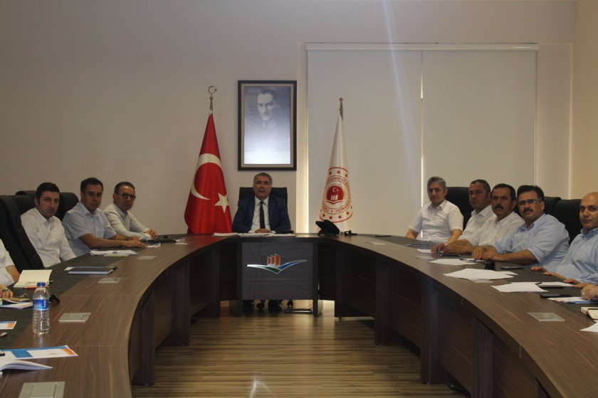"""İç Denetim Birimi Başkanlığınca İl Müdürlüğümüzde""""bürokrasinin azaltılması, iç kontrol ve etik yönetim"""" konulu toplantı ve seminer düzenlenmiştir."""