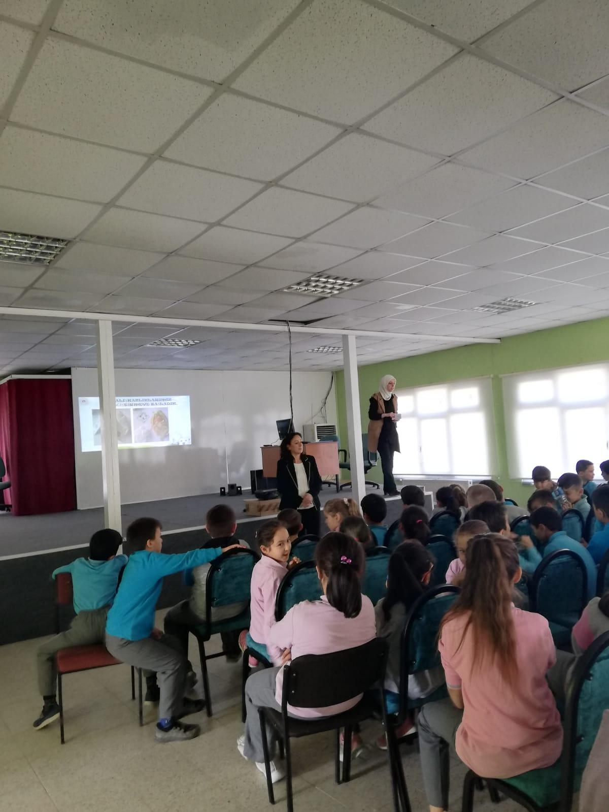 İçerisinde Sıfır Atık ve Sıfır Atık Mavi Projeleri kapsamında İl Müdürlüğümüz tarafından eğitim çalışmaları başlamıştır.