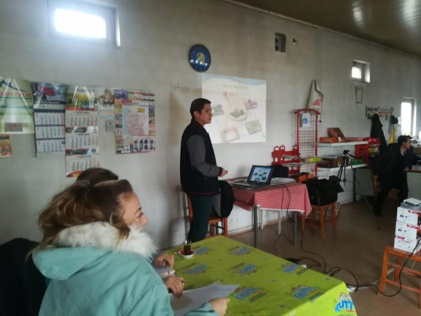 'Köseler RES (71,4 MWm/71,4 Mwe) Projesine ile ilgili Halkın Katılım Toplantısı 22.11.2018 tarihinde Köseler köyünde yapılmıştır.
