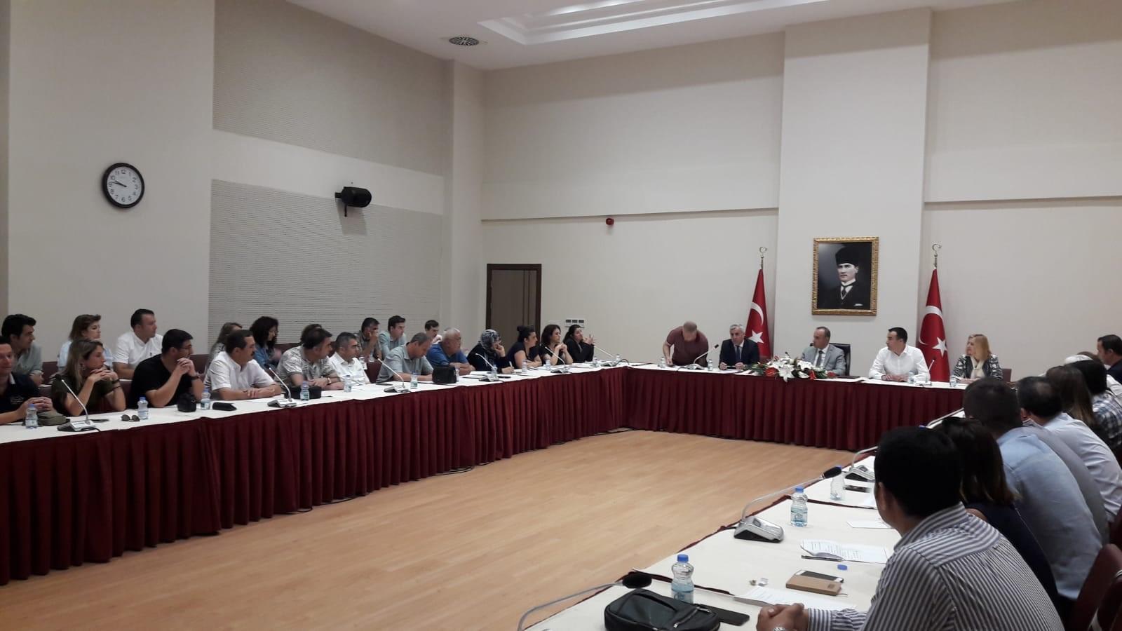 İl Müdürlükleri istişare toplantılarının dördüncüsü Kocaeli Çevre ve Şehircilik İl Müdürlüğü'nde gerçekleştirildi.