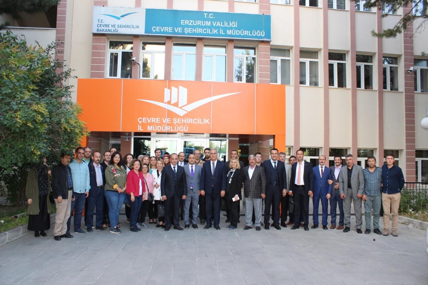 İl Müdürlükleri Bölgesel İstişare Toplantılarının beşincisi Erzurum Çevre ve Şehircilik İl Müdürlüğü'nde gerçekleştirildi.