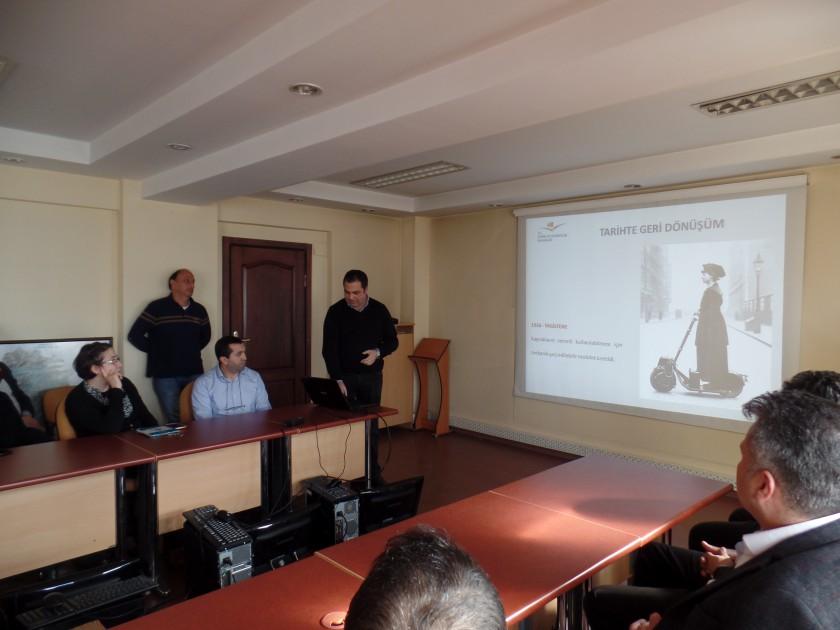 İl Müdürlüğümüz Personeli Çevre Mühendisi Erdem ÖNAL Tarafından Sıfır Atık Projesi Bilgilendirme Eğitimi Verildi.