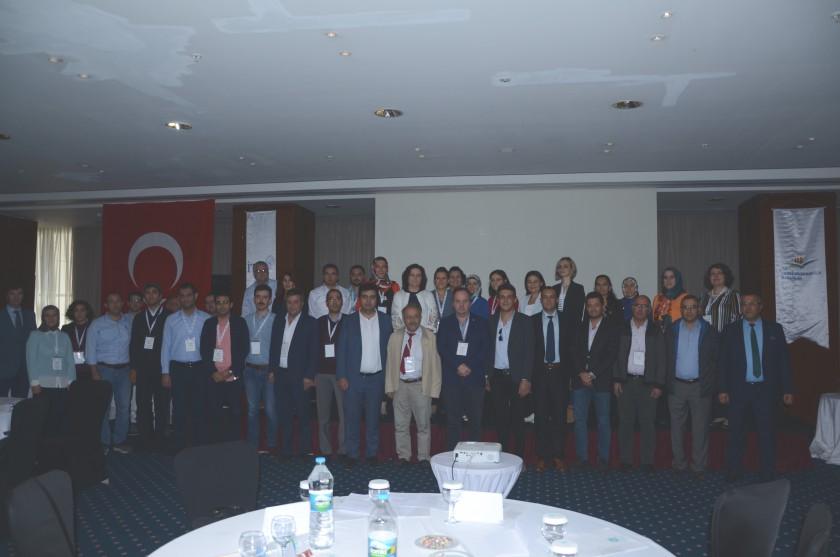 Güney İç Anadolu Temiz Hava Merkez Müdürlüğüne Bağlı İller için Hava Kalitesi Değerlendirme ve Hava Emisyon Yönetim Portalı Çalıştayı 27-28 Eylül 2018 tarihlerinde Konya'da Gerçekleştirildi.
