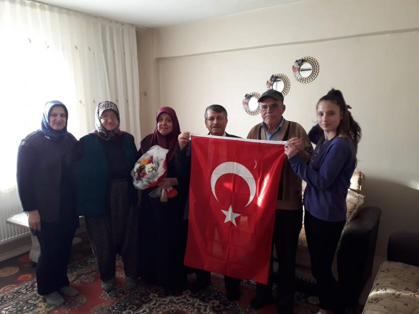 İl Müdürümüz Sn. Abdullah BÜLBÜL şehit ailelerini ziyaret etti.