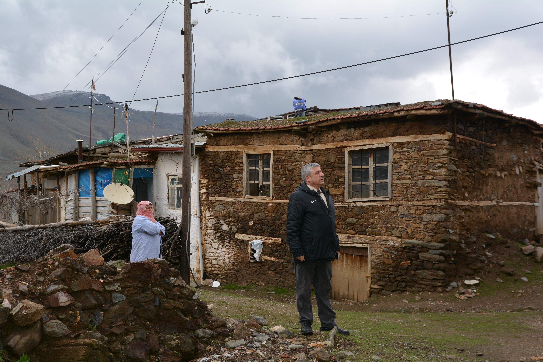 Deprem sonrası ön hasar tespit çalışmalarımız devam ediyor.