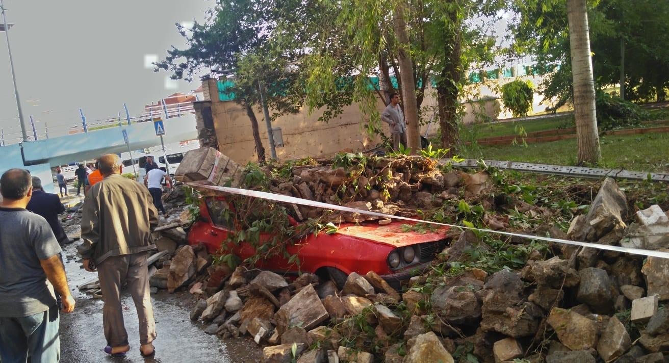 Elazığ`da Şiddetli Sağanak Yağış ve Dolu