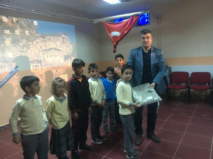 Edip Somunoğlu İlkokulunda Atık Pil Toplama Kampanyası ve Çevre Etkinliği