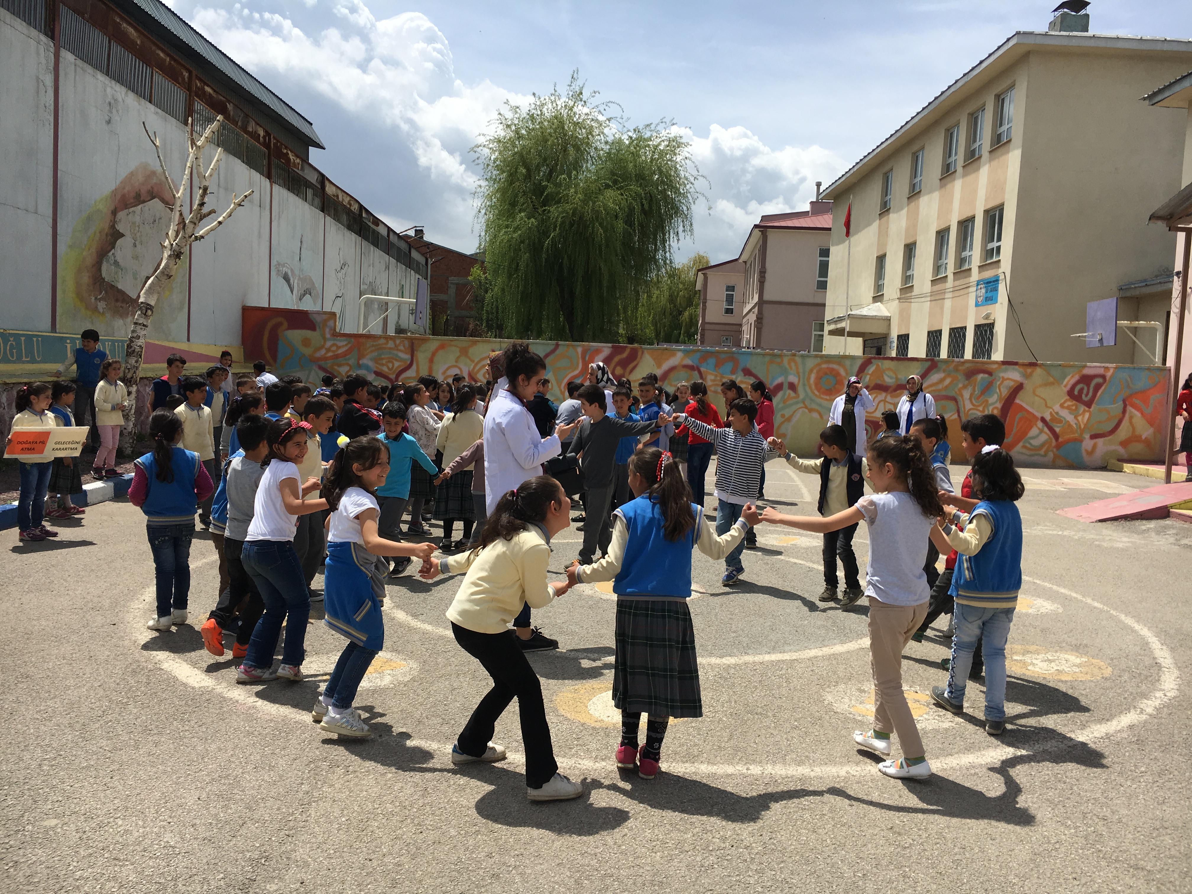 Edip Somunoğlu İlkokulunda Çevre Etkinliği