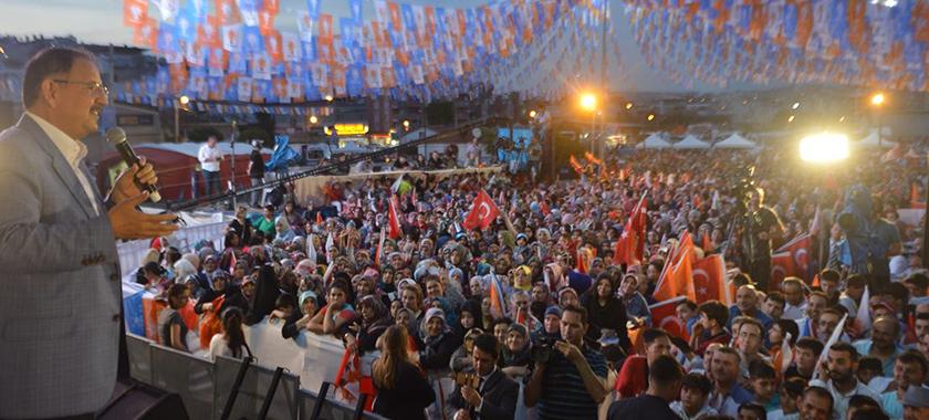 Bakan Özhaseki İzmir'de İmar Barışını Anlattı