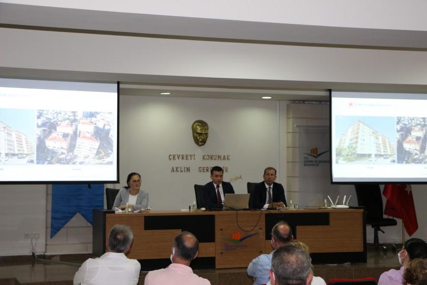 Bakanlığımız Riskli Yapılar Daire Başkanı Serdar CANİKLİ Başkanlığında Riskli Yapıların Yıktırılması Toplantısı Yapıldı