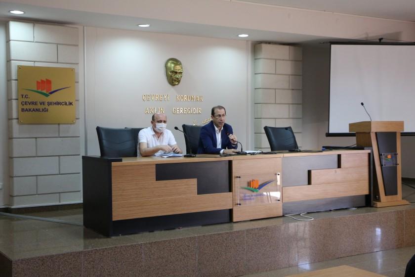 Kamu Yapıları Envanteri Sistemi (KAYES) kapsamında oluşturulan İzmir İl Koordinatör bilgilendirme toplantısı yapıldı.