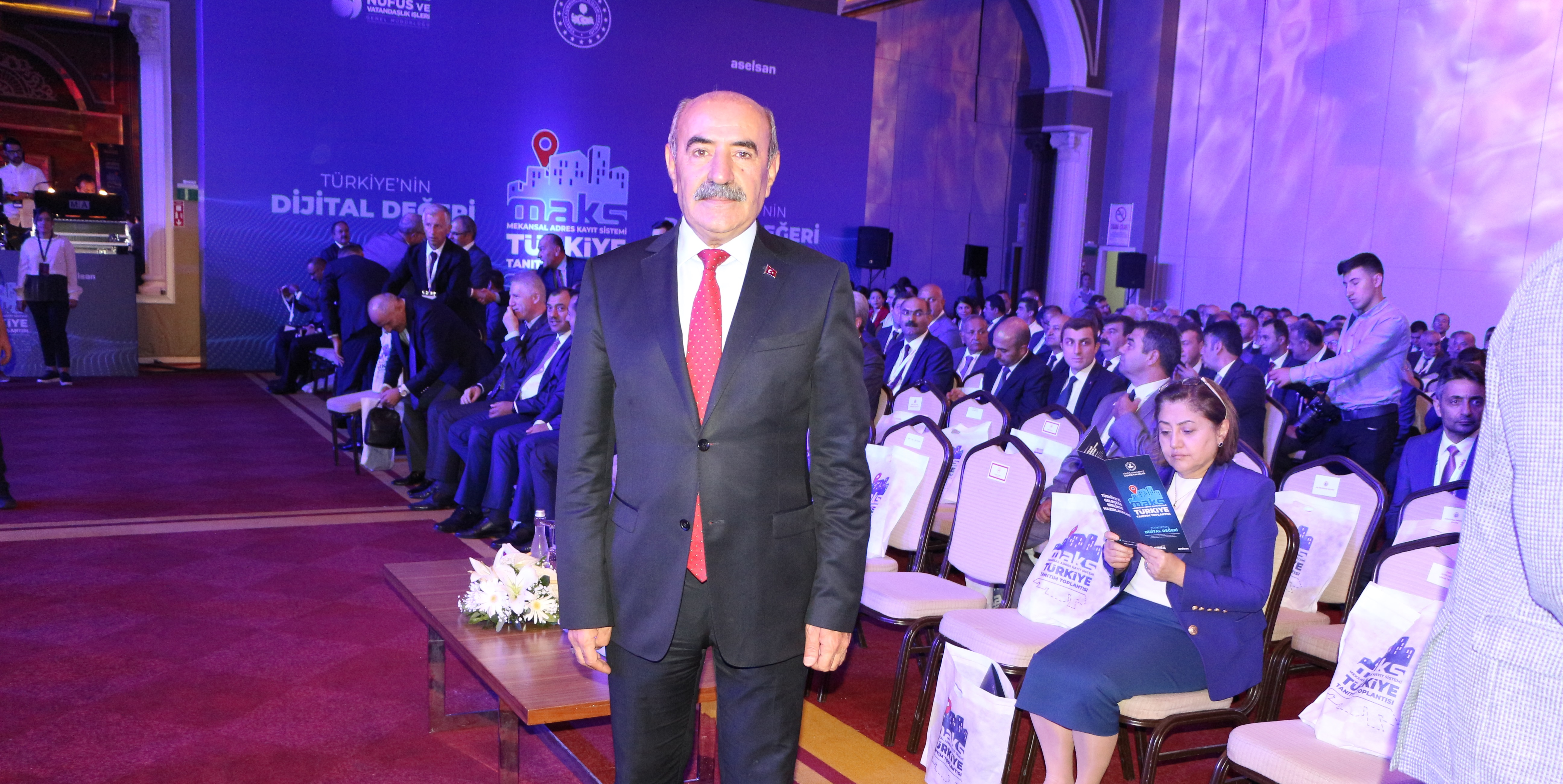 Mekansal Adres Kayıt Sistemi'nin (MAKS) Türkiye Toplantısı İzmir'de gerçekleştirildi.