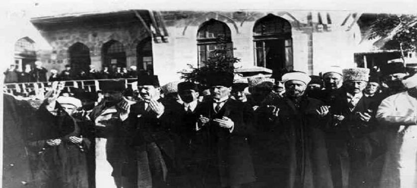 """23 Nisan 1920-23 Nisan 2021, Türkiye Büyük Millet Meclisi (TBMM)'nin açılışının ve """"Egemenlik Kayıtsız…"""