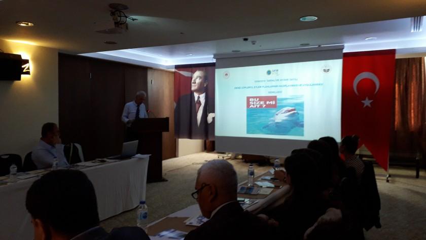 09 Ekim 2019 Tarihinde İlçemiz Demirköy/İğneada Beldesinde Atık Yönetiminde İyi Uygulamaların Tanıtımı Konferansında Çevre Şehircilik İl Müdürlüğümüz Personeli Tarafından