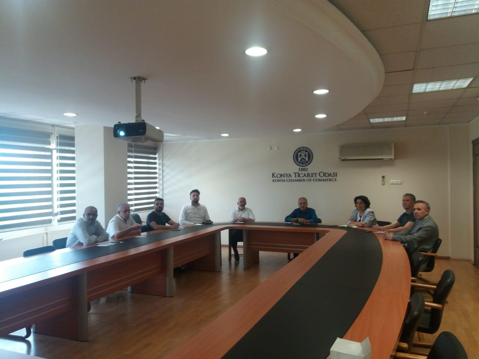 Yapı Müteahhitlerinin Sınıflandırılması ve Kayıtlarının Tutulması Hakkında Yönetmelikteki düzenlemelere ilişkin bilgilendirme toplantısı yapıldı